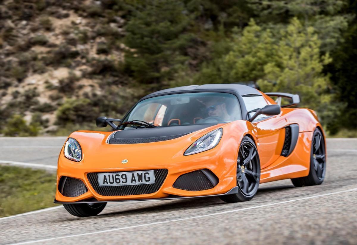 最接近廠賽車的跑車!英國小戰將Lotus現已抵台