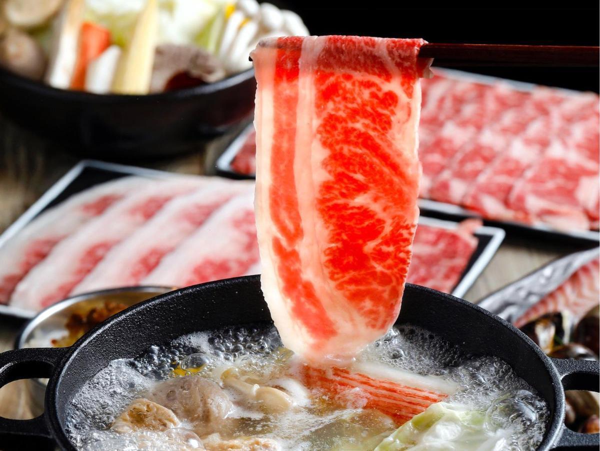 高CP值餐火鍋 卜卜蜆鍋涮和牛好鮮美