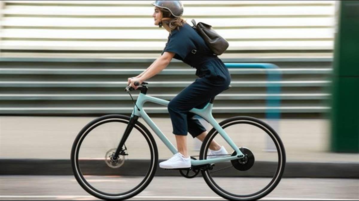 Gogoro首款電動單車問世!售價11.7萬元起 最快7月開賣