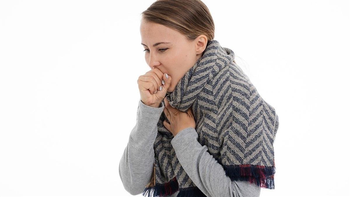秋冬手腳冰冷、咳不停?醫教按摩、生薑泡腳助改善!