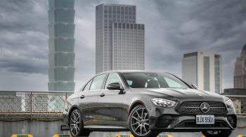 Mercedes-Benz E300 運動版用科技拼勝負