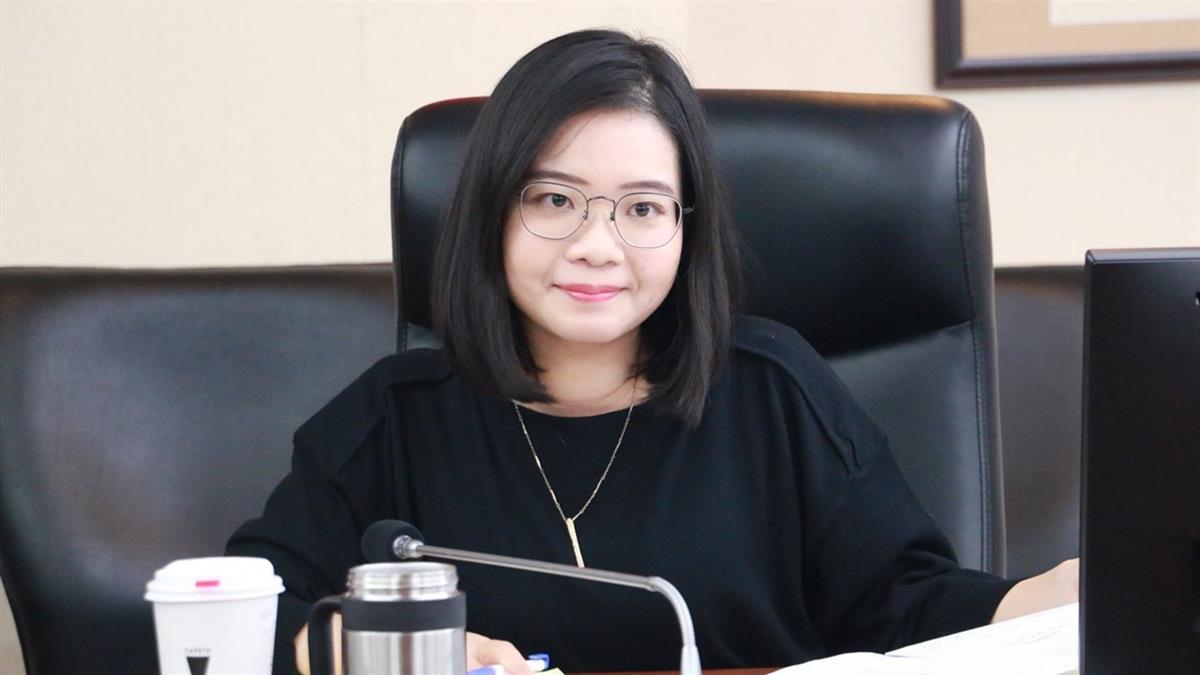 廣達孫公司女員工遭獵巫「ㄈㄈ尺誤國」 議員:交友自由非原罪