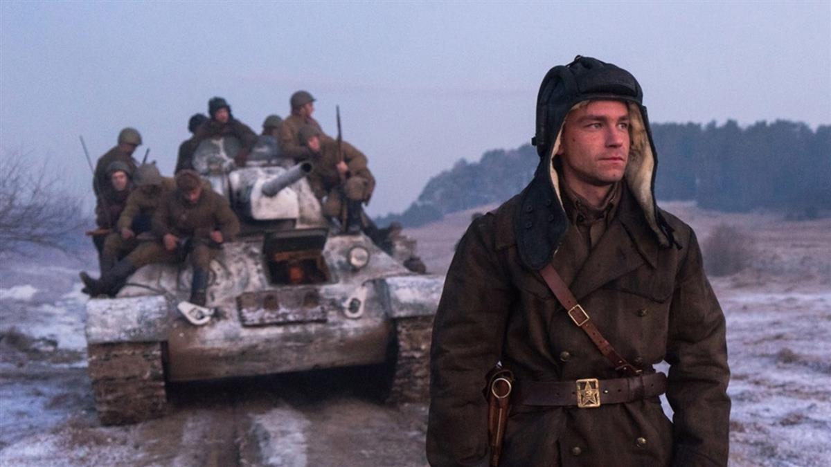 《T-34:玩命坦克》首映口碑爆棚 戰車開砲畫面超逼真