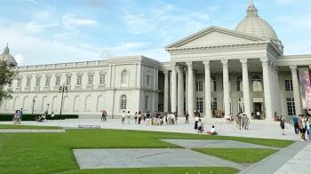 全台唯一駐博物館星巴克開幕 歐式裝潢超吸睛