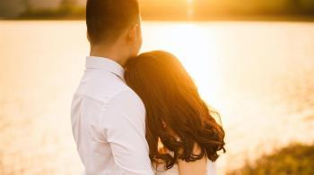3步驟突破關係友誼區 把她從朋友變成戀人